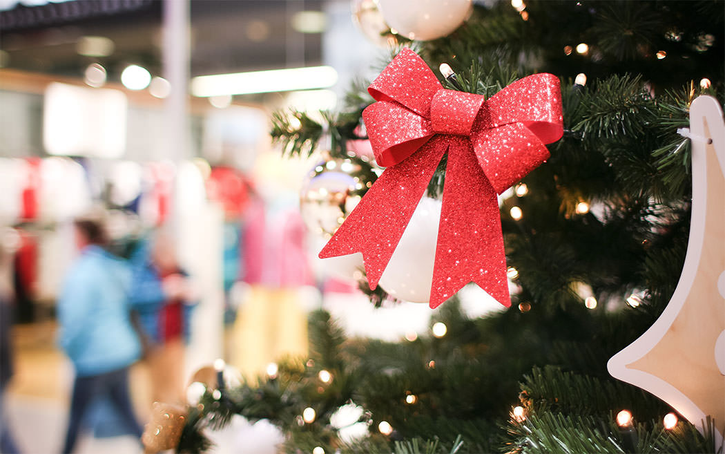 Holiday Season &amp Social Media Campaigns